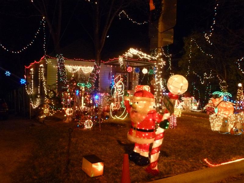 - Best Austin Neighborhoods For Kids To See Christmas Lights